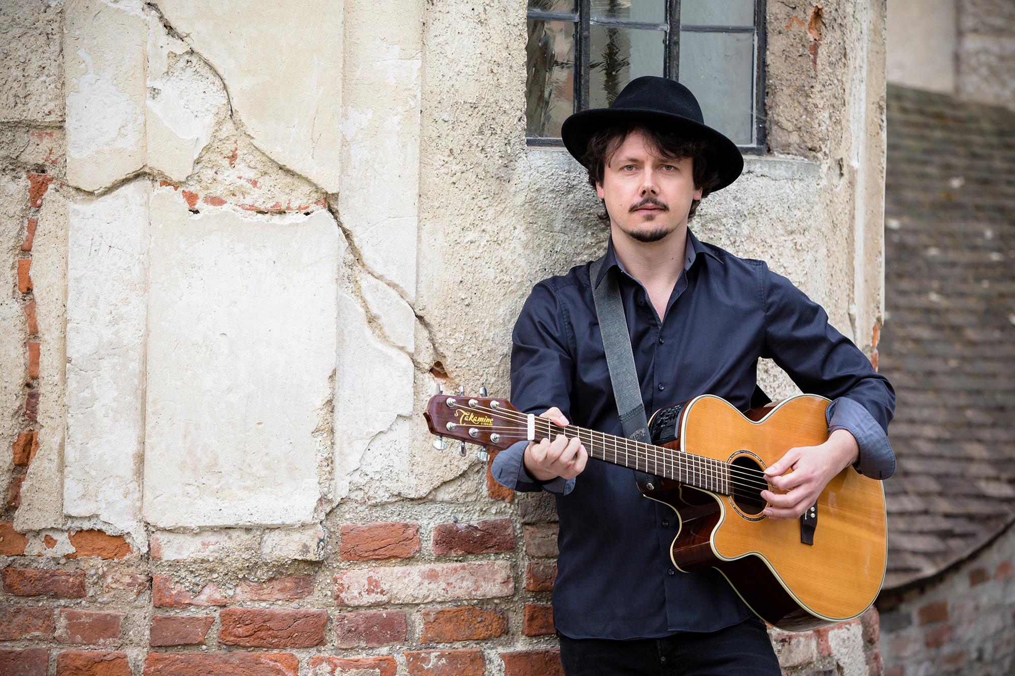 Florian Holmer, Gitarrist und Sänger - München
