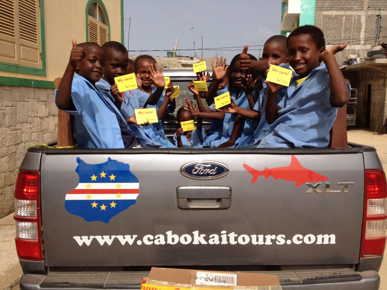 CaboKaiTours unterstützt das Kinderhilfsprojekt - auch mit Hilfe von Tuifly