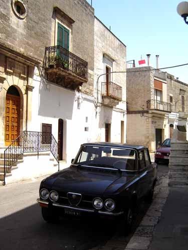 カロヴィーニョ町の家付近
