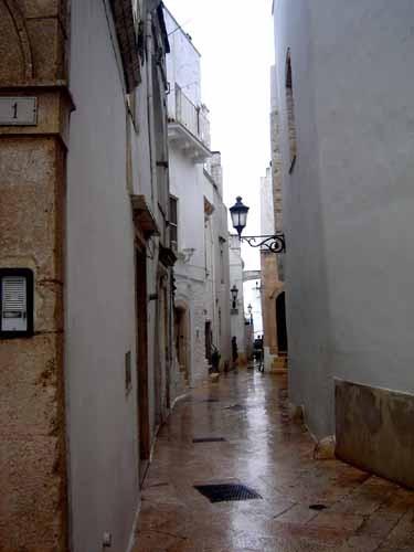 ロコロトンド旧市街の路地