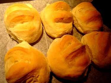 お弁当用に焼いたパン
