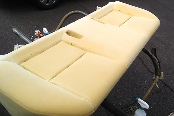 シート内部の洗浄|車内の特殊クリーニング【カーフレッシュ新潟】