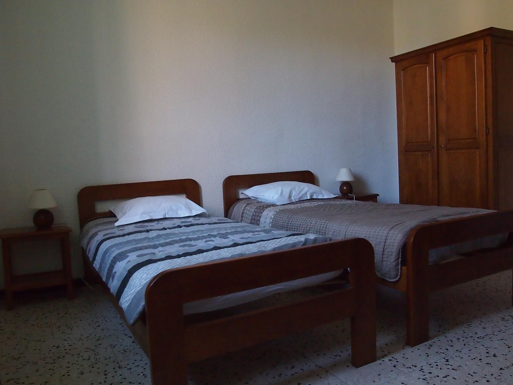 chambre à 2 lits simples
