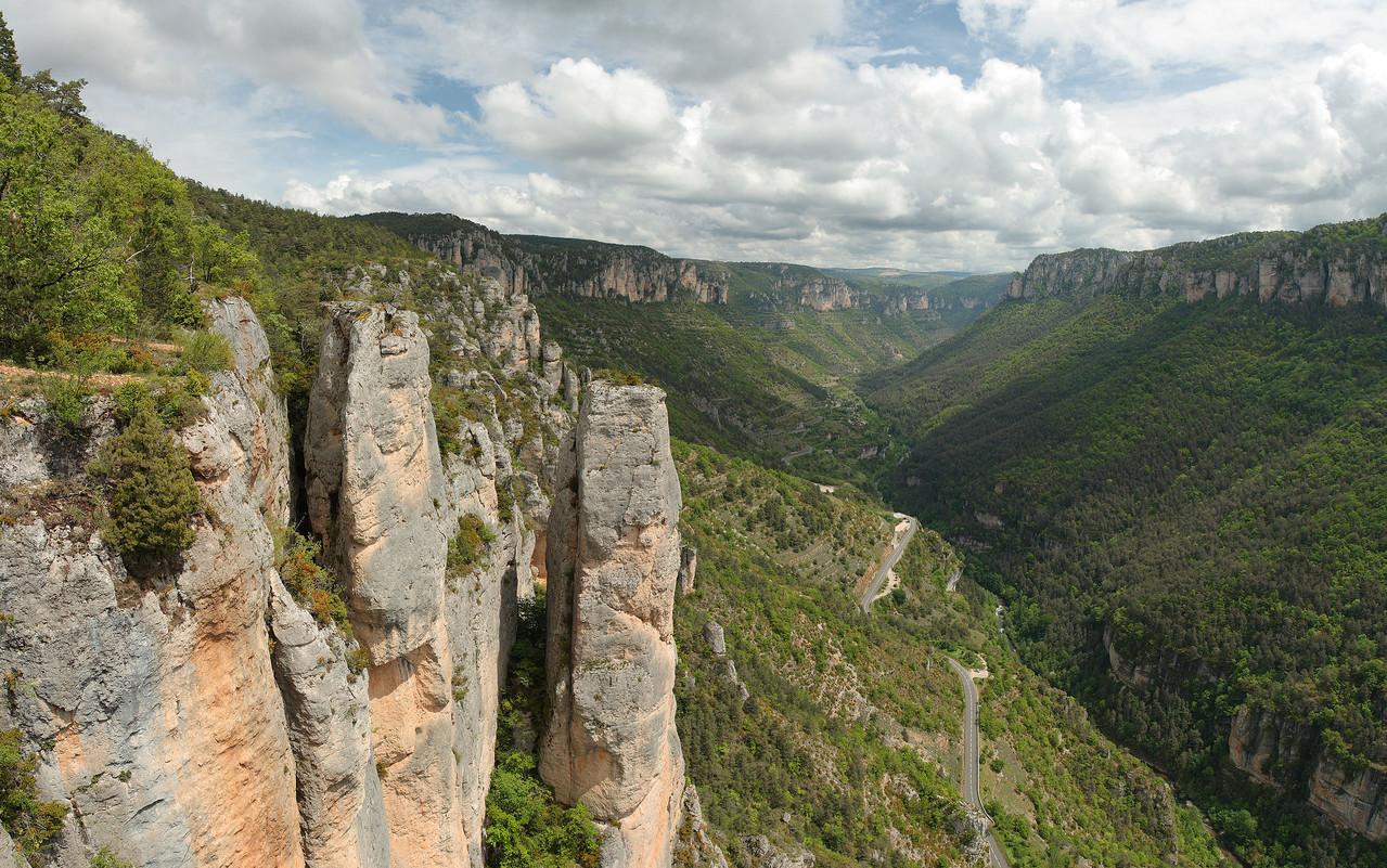 Gorges de la Jonte, des sites magnifiques d'escalade ou sont nichés les vautours fauves