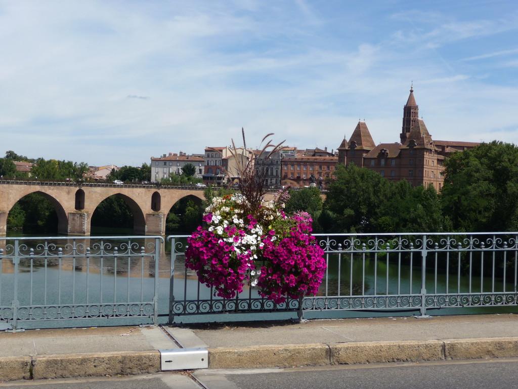 Montauban : le Pont vieux, le Musée Ingres