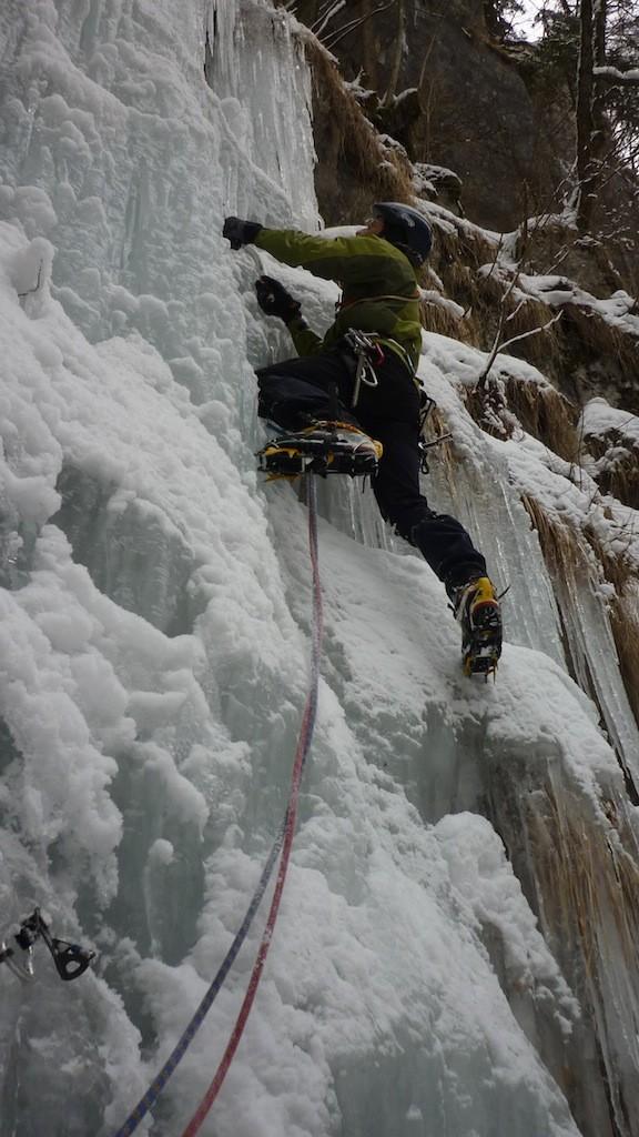 Asiago - canyon Gelpach: cascata alta 2° tiro