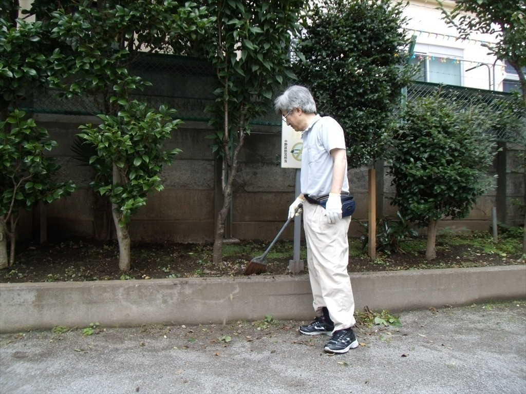 防災広場の清掃_004