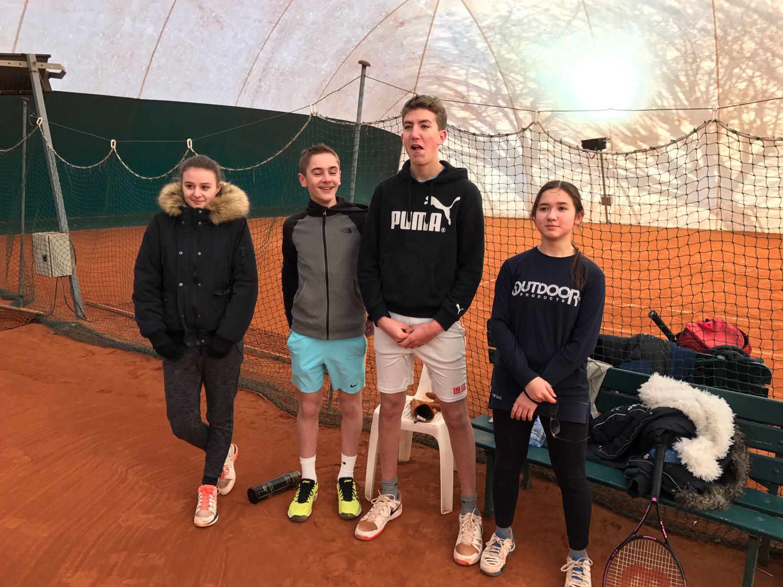 Kelly; Julien; Emile; Emilie