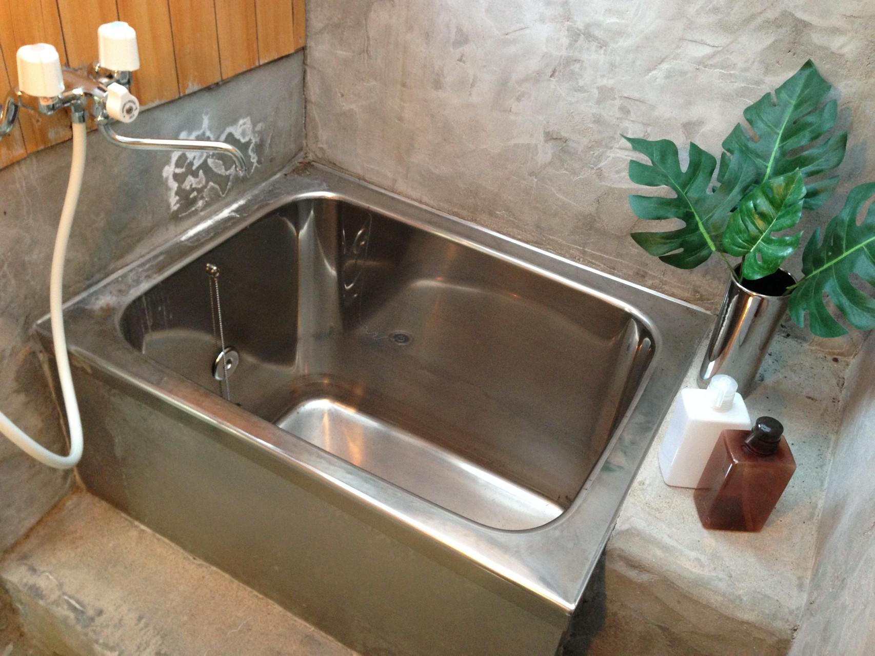 錆びない ステンレスの浴槽は、保温性にも優れています。