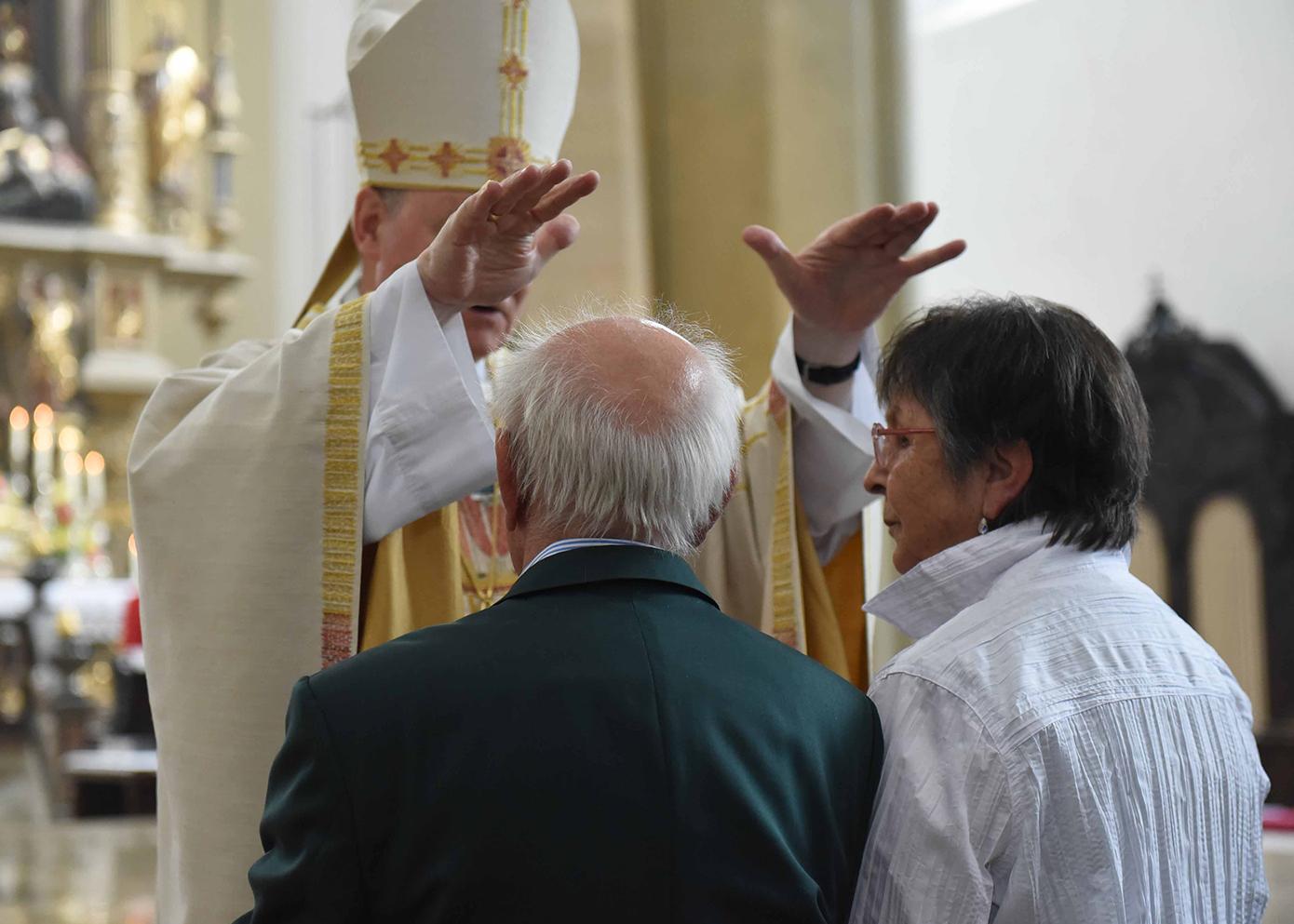 """St. Judas Thaddäus lädt zum """"Tag der Ehejubiläen"""""""
