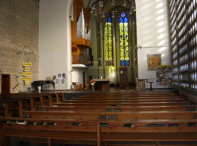 Meditativer Tanz in Karmel-Kirche wieder möglich
