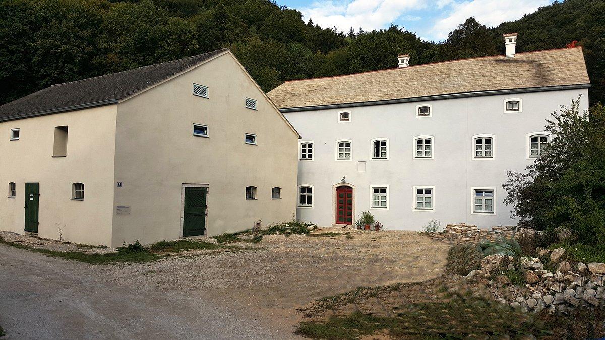 Zustand nach der Sanierung (Quelle: Prospekt Stein.Wasser.Höhle in Mühlbach)