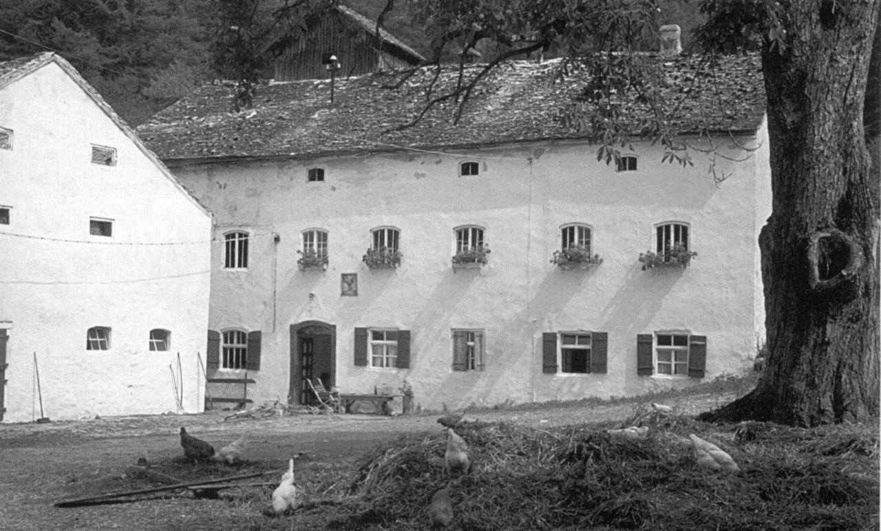 Die Obermühle um 1950 (Quelle: https://www.dietfurt.de/tn_img/2858820_ansicht-foto-martiny.jpg)