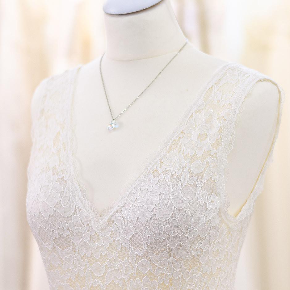 Individuell handgefertigte Brautkleider der Designerin Tali Amoo. Whispers of love by Tali Amoo.