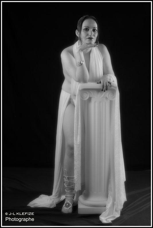 © Jean-Louis KLEFIZE - Modèle Velvet Rose