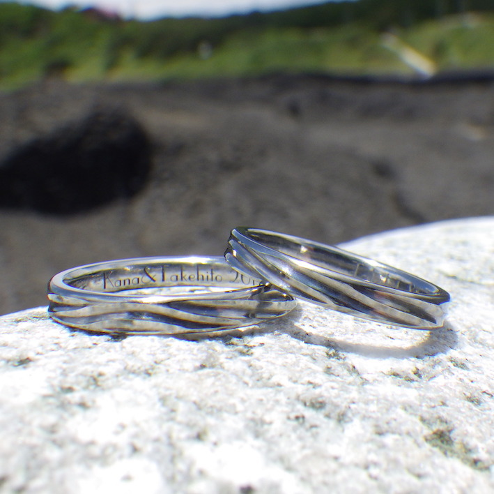 Making two rings from one mass Hafnium wedding rings TOKYO