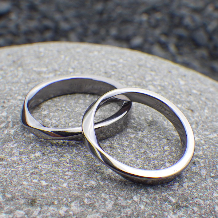 Only One In The World Mobius Strip Design Tantalum Wedding Rings