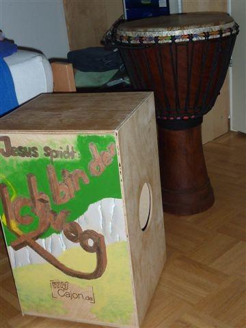 Bausatz-Cajón: Siehe unter Schulstube/Music-Clip
