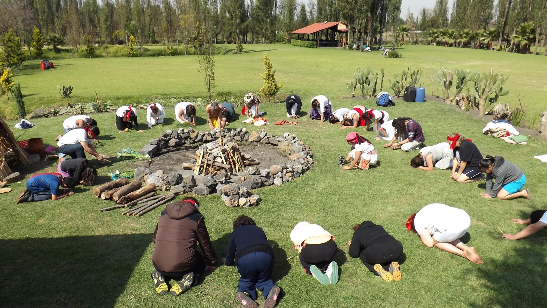 En ésta ceremonia también puedes hacer peticiones especiales a las deidades de la naturaleza.