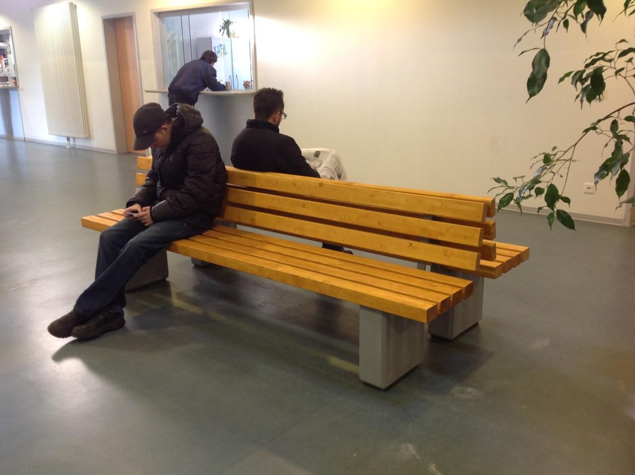 Innenausstattung Wartehalle