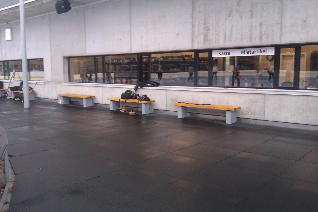 Ausstattung Eisbahn