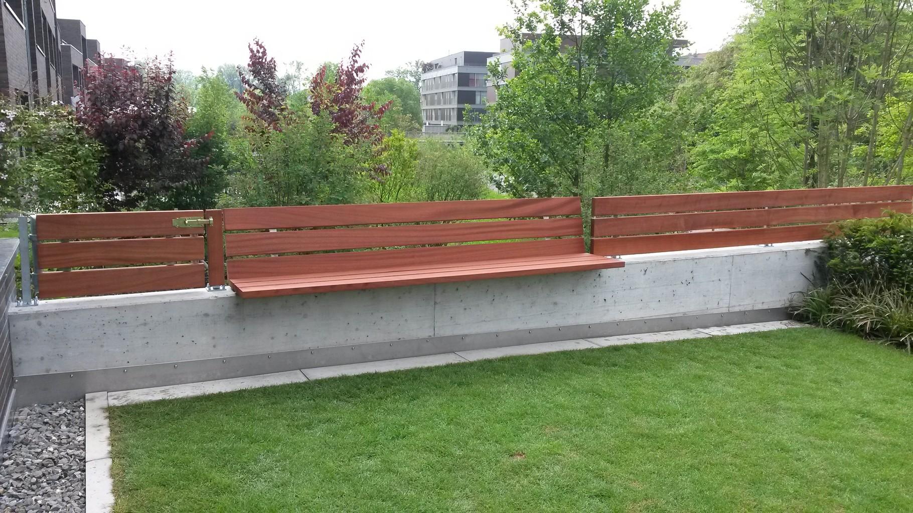 Privatkunde Luzern Sitzbank mit Sichtschutz