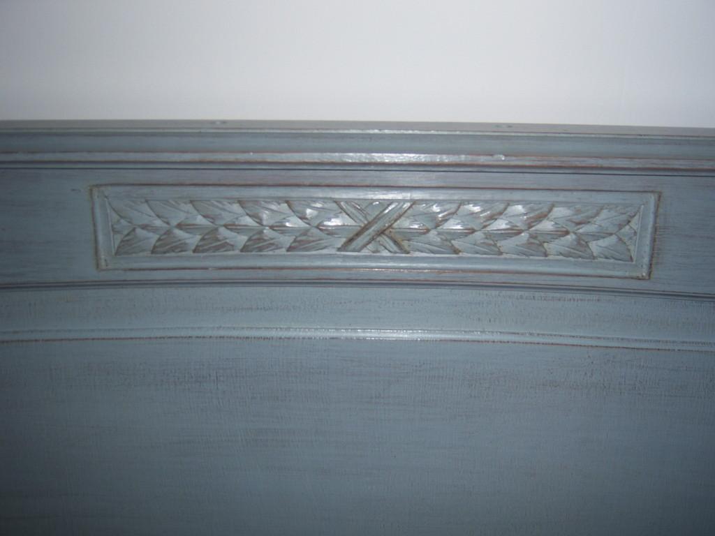 Patine usée au glacis gris bleu de prusse