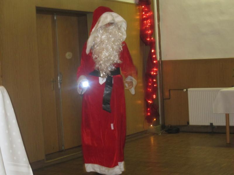 Der Weihnachtsmann mit Taschenlampe