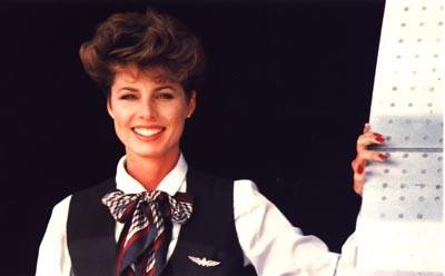 Flugbegleiterin und ein gutes Serviceprodukt/Courtesy: American Airlines