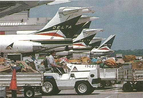 Zwei MD-88 und Boeing 727/757Courtesy: Delta Air Lines