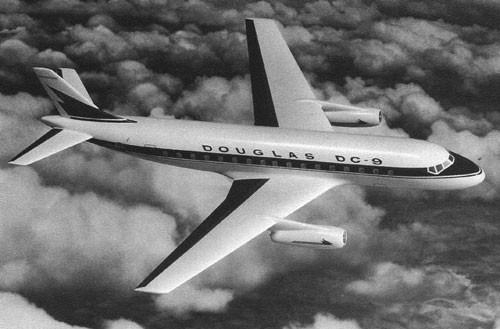 DC-9-Konzept mit zwei Triebwerken unter den Tragflächen/Courtesy: Douglas Aircraft