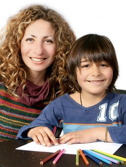 Trainerin und Kind