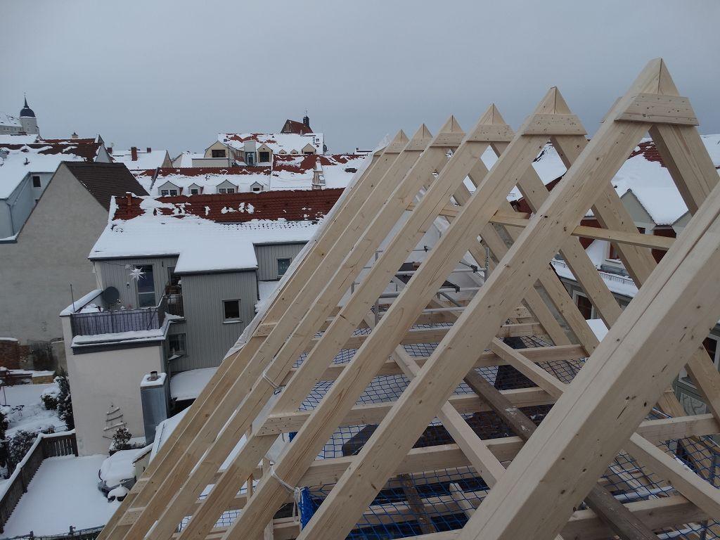 erster Dachstuhl des Jahres