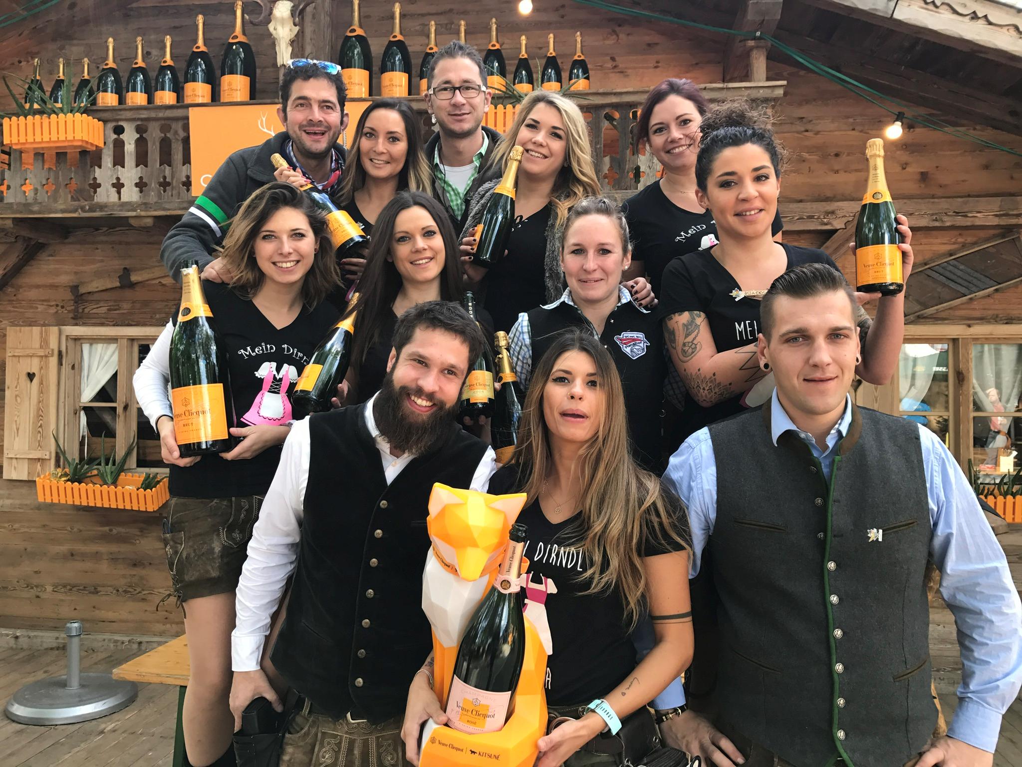 Für Sie da - unsere Mitarbeiter in der Champagner ALM