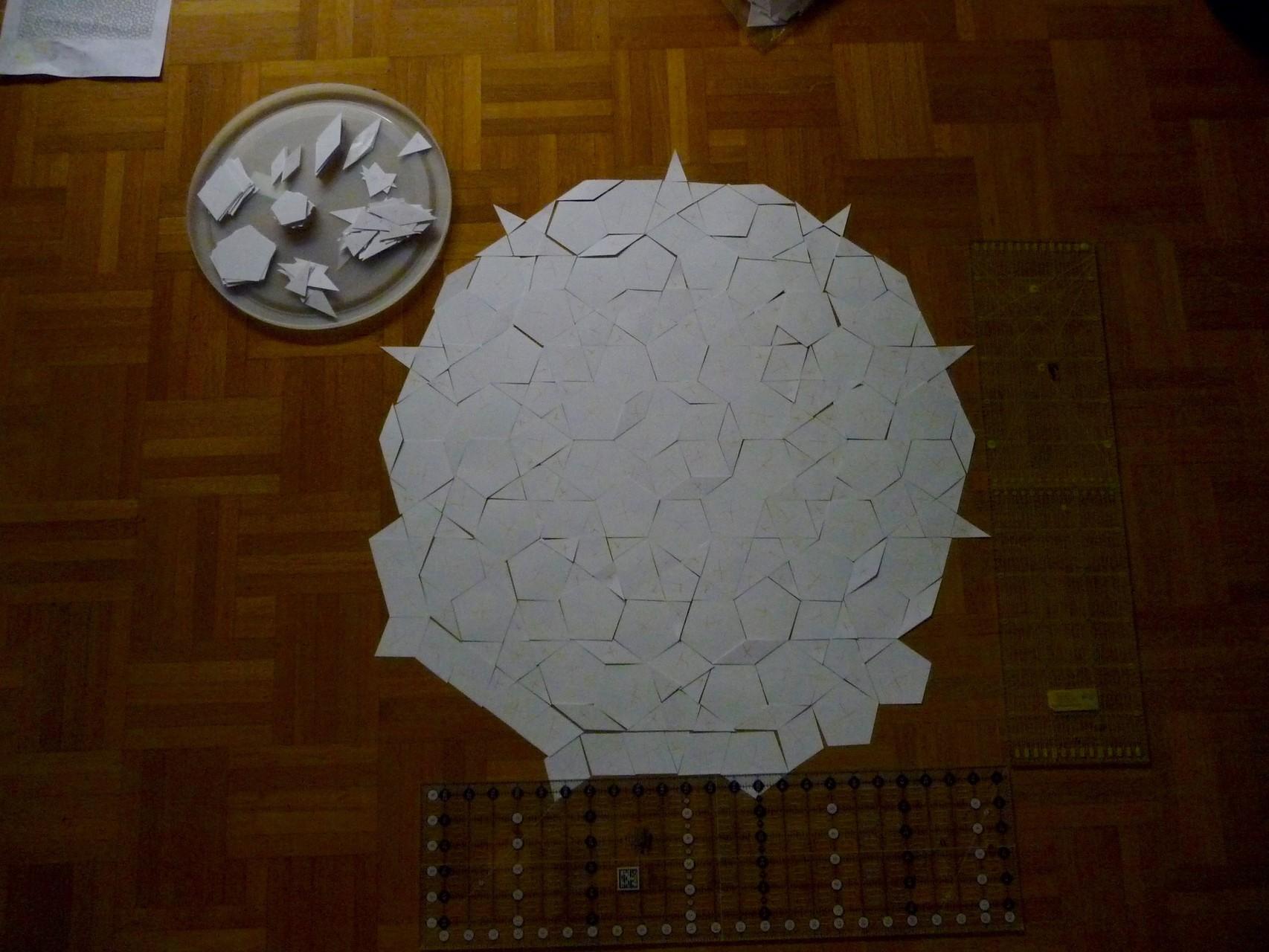 An meine Rosette habe ich noch eine weitere Runde angebaut = Rosettendurchmesser 70 cm.