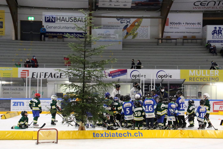 Weihnachts-Hockeyschule