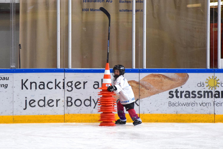 Hockeyschule mit viel Power im Einsatz!