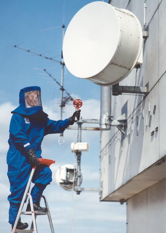Arbeitsanzug für Telekom Monteure aus Swiss Shield