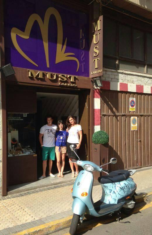 En Must Laredo con THG Camisetas
