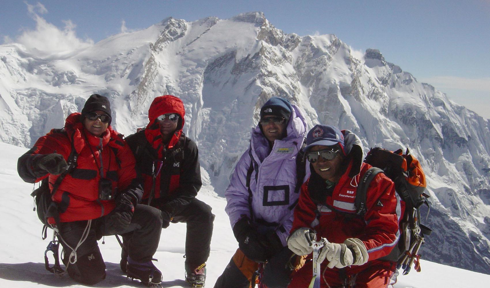 Sommet avec derrière l'Annapurna