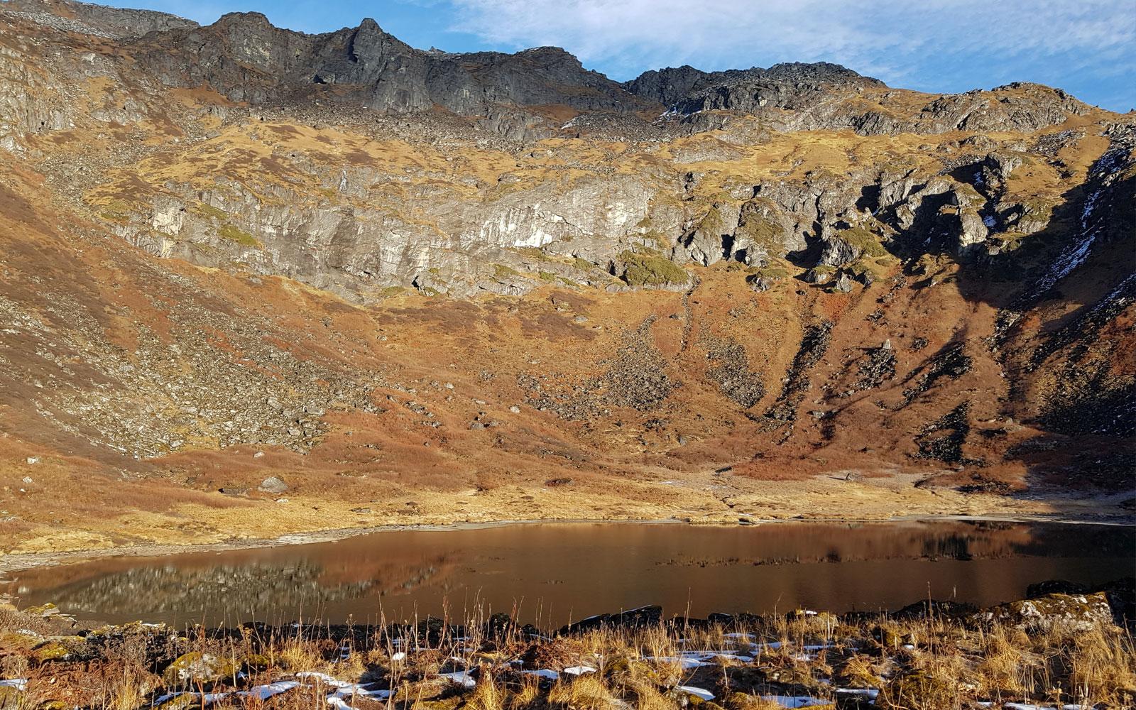 Lac de Kalo Pokhari notre camp est à coté