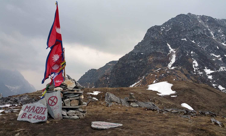 Camp de base à 4500 m