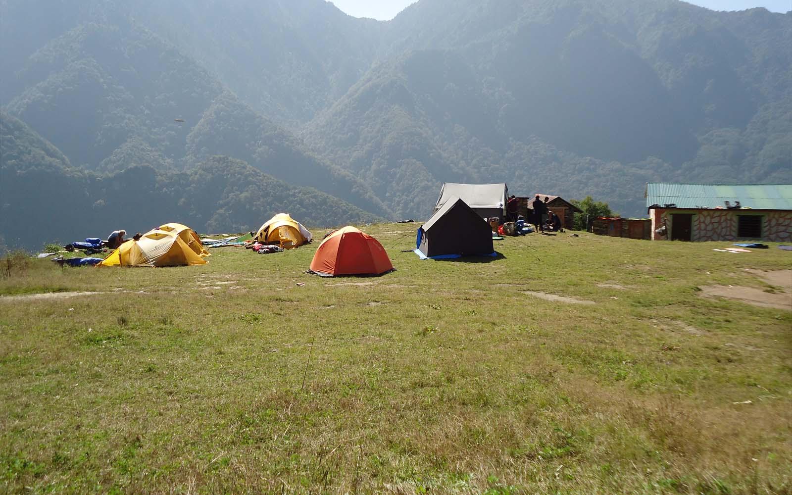 Camp à Chepuwa - Photo Michael Bois