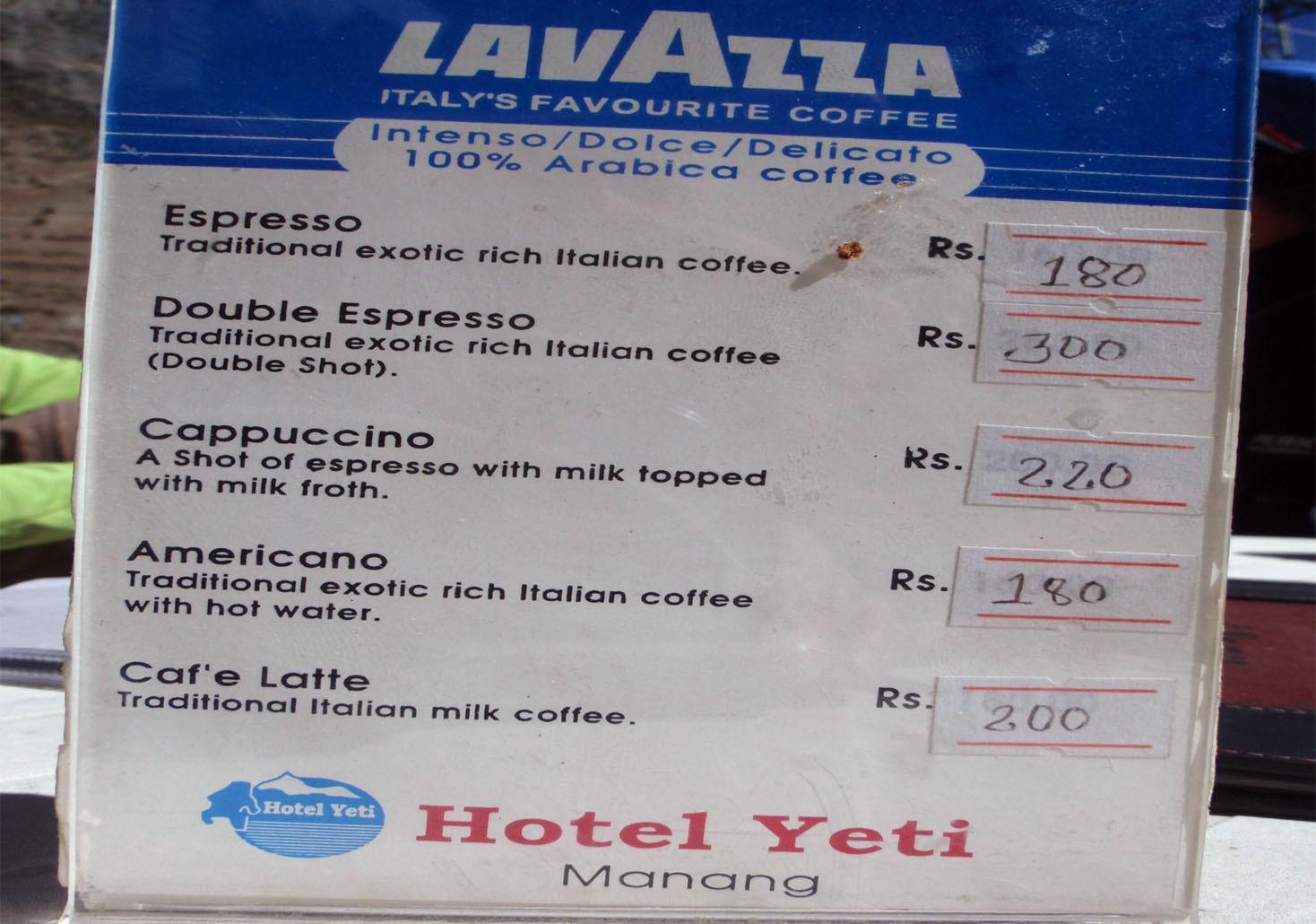 A Manang boulangeries et du bon café  (1 euro = 120 roupies)
