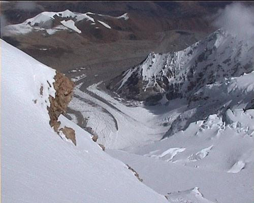 vue durant la montée http://www.shangrila-trek.com/shishapangma/