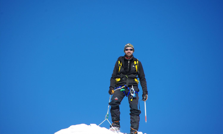 Eric au sommet Lobuche peak  ascension en automne