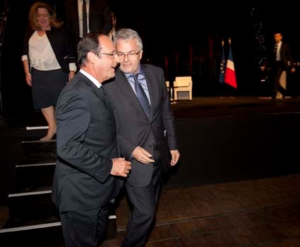 François Hollande et Gilles Berhault Forum France Rio+20, 8 juin 2012 La Villette Paris
