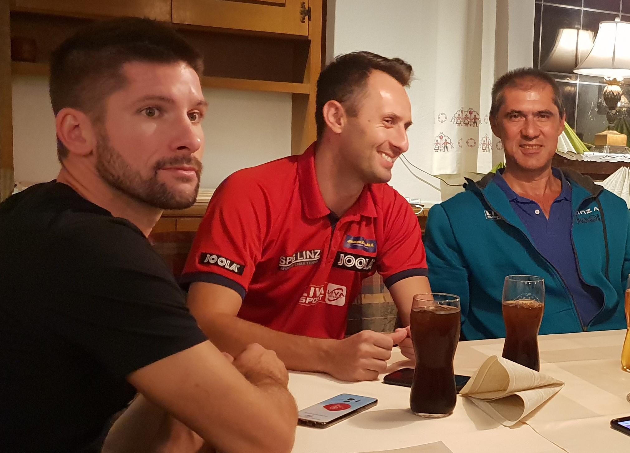 vl - Uros Slatinsec, Lubomir Pistej und Damen Cheftrainer Szolt Harczi