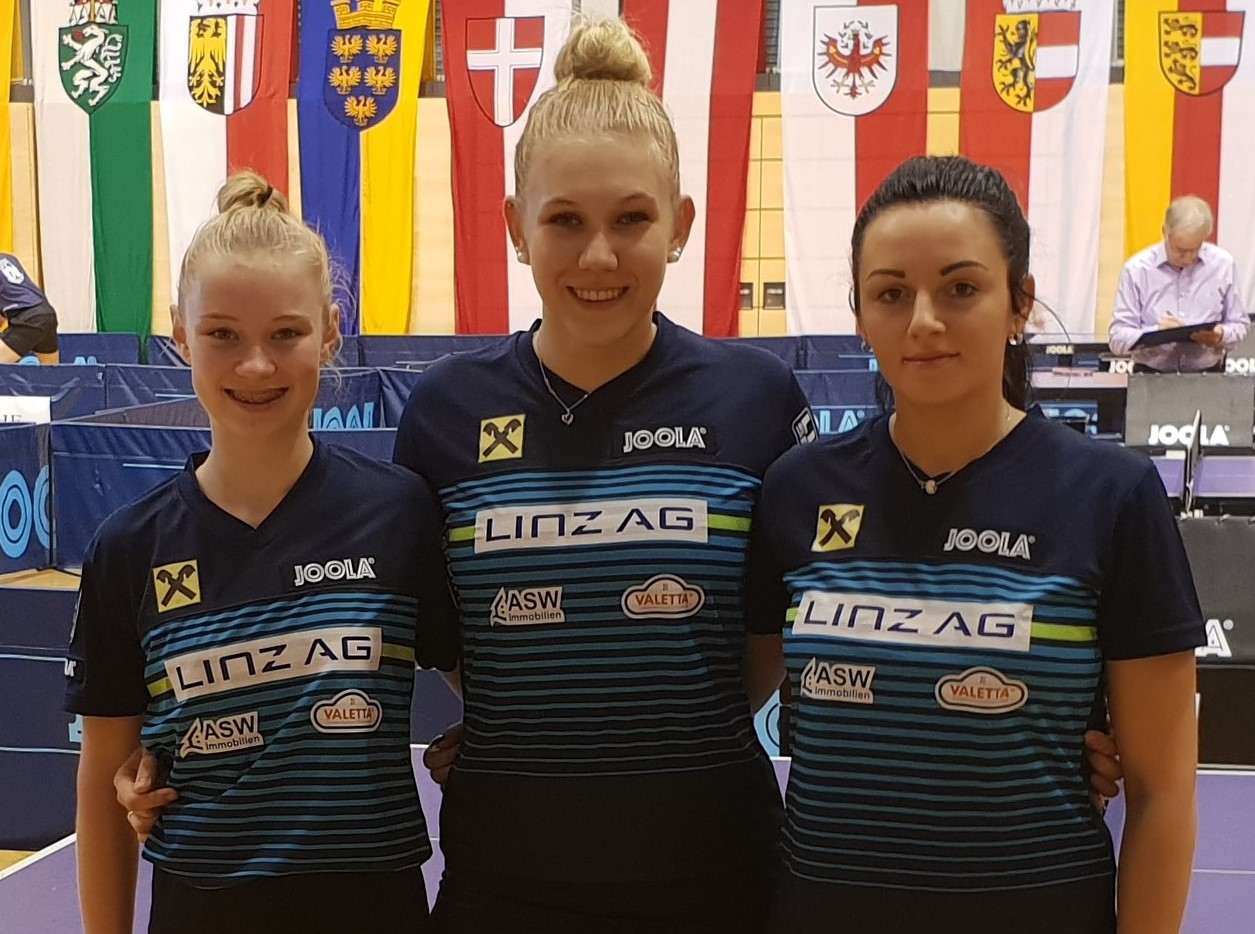 vl - Romy Reiter 15,Sophia Kellermann, Larisa Magyorosi im neuen 3er Team von LINZ AG Froschberg