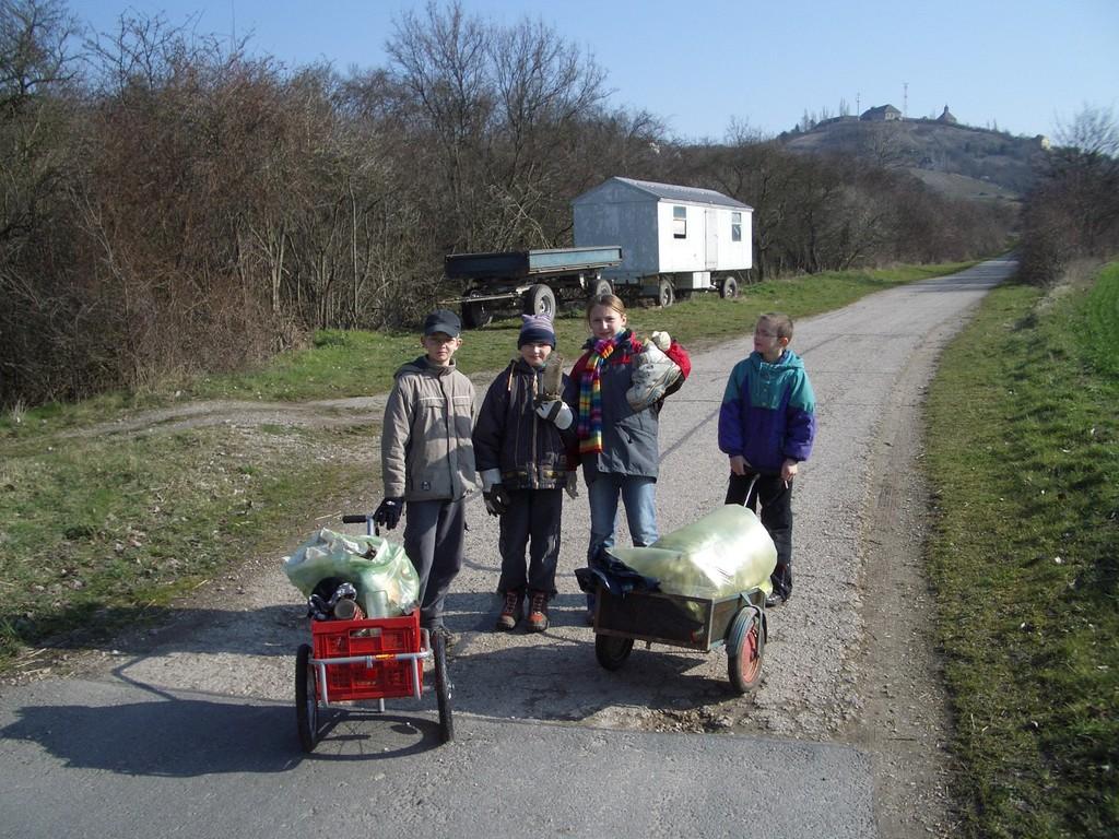 ... Aktion: Müllsammeln fürs Dorf